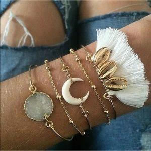 New Trendy Style✨ Boho White Bracelet Set 😍